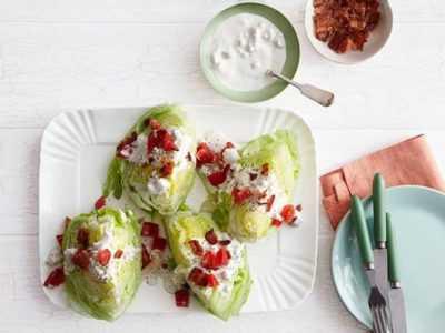 Салат айсберг и голубым сыром — просто и вкусно на каждый день