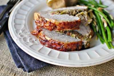 Свинина фаршированная орехами в духовке — просто и вкусно на каждый день