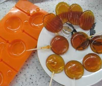 Леденцы-пятиминутка на десерт — легкий домашний рецепт