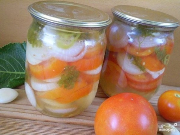 Салат из помидоров на зиму с луком — вкусно, просто — фоторецепт пошагово